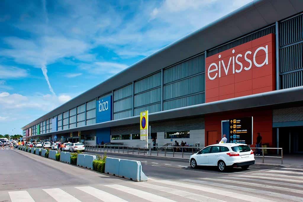 alquiler-de-coches-en-aeropuerto-ibiza